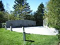 BayswaterSwissair111Memorial2ty13965.jpg