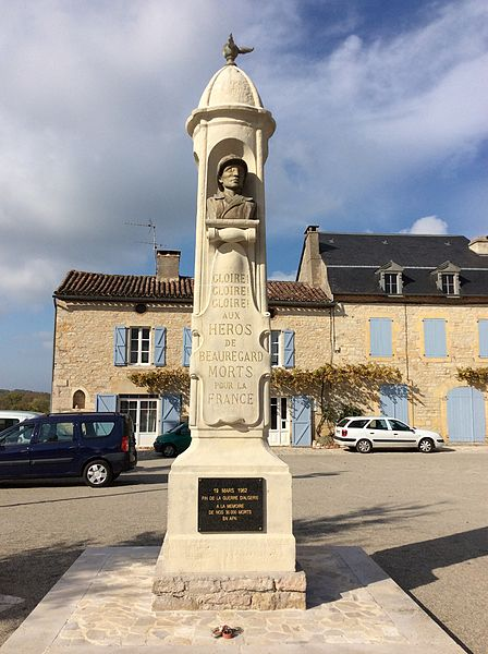 Monument aux morts de Beauregard (46), face 1