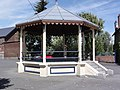 Bellignies (Nord, Fr) kiosque à musique.JPG