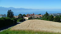 Belmont-sur-Lausanne and Lake.JPG