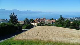 Belmont-sur-Lausanne and Lake.JPG
