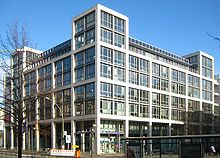 Berlin, Mitte, Friedrichstrasse 108, Buerohaus am Friedrichstadtpalast 01.jpg