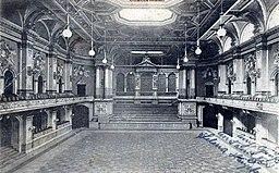 Konzertsaal der Philharmonie in der Bernburger Straße, AG für automatischen Verkauf [Public domain], via Wikimedia Commons