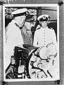Bezoek van generaal Wavell aan Nederlands-Indië Aan boord van een mijnenveger, Bestanddeelnr 935-0280.jpg