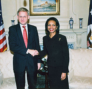 Carl Bildt - Bildt with U.S. Secretary of State Condoleezza Rice in Washington, D.C. on 24 October 2006.