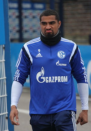 Kevin-Prince Boateng - Boateng training with Schalke 04 in 2015