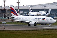 Boeing 737-505, Air Armenia JP7704488.jpg