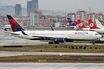 Boeing 767-332(ER), Delta Air Lines JP7293923.jpg