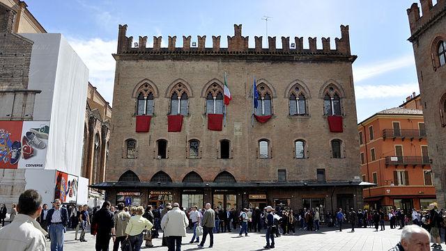 Palacio de los notarios Lugar de Interés en Bolonia, Italia Guía ...