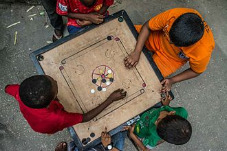 Carrom - Carrom during play