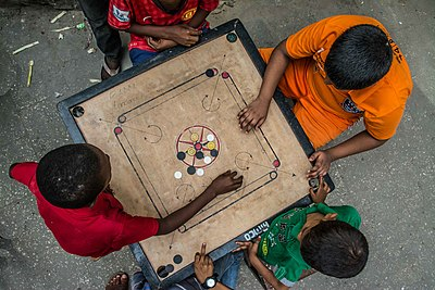 Picture of a game: Carrom