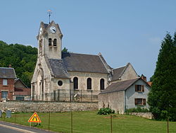 Braye-FR-02-église-02.JPG