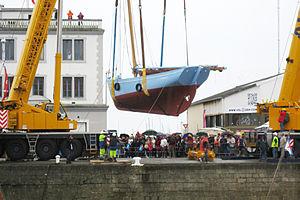 Brest 2012 Saint-Guenole prend l'air.jpg