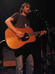 Brian Borcherdt performing in Montreal, 2005