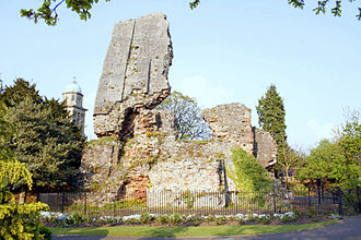 Bridgnorth - The ruins of Bridgnorth Castle