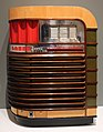 Brooks stevens per john gabel manufacturing co., jukebox kuro, chicago 1940.jpg