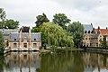 Brugge zicht op Minnewater en Begijnhofgebouwen.jpg