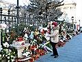 Bucuresti, Romania. Flori si ganduri bune pentru Regele Mihai. 8 Decembrie 2017. (2).jpg