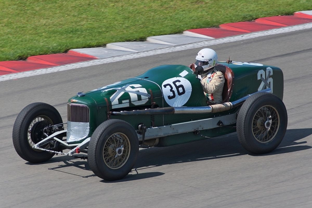 Car And Driver 10 Best >> Phil Shafer - Wikipedia
