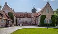 Burg-Bederkesa-Ostfront-2013.jpg