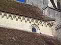 Bury (60), église Saint-Lucien, nef, corniche et baie côté sud-est.jpg