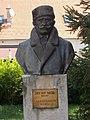 Bust of Mór Déchy by Béla Domonkos. - Érd.JPG