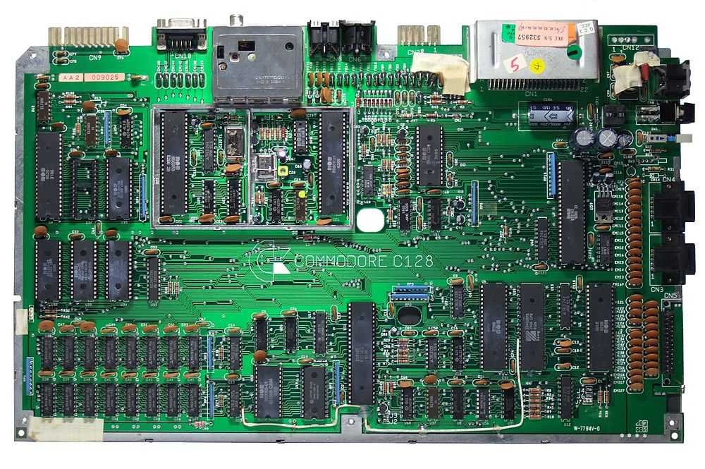 Commodore 128 – Wikipedia