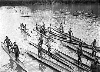 Asmat people - Asmat on the Lorentz River, photographed during the third South New Guinea expedition in 1912-13.