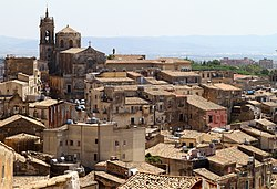 Caltagirone, Panorama dalla chiesa di S.Bonaventura - panoramio.jpg