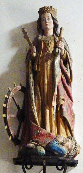 Fichier:Carhaix 29 Chapelle Sainte-Anne statue de sainte Catherine d'Alexandrie.jpg
