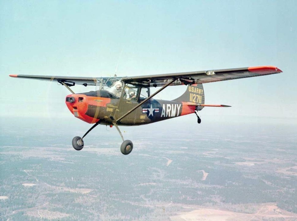 Cessna O-1A Bird Dog US Army in flight