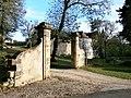 Château de Montastruc à Lamonzie-Montastruc(vue du portail d'entrée).jpg