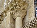 Chapiteau - église Saint-Martin de Pouillon.jpg