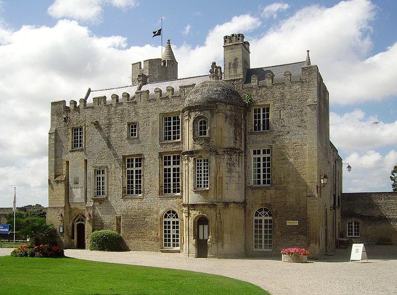 Fichier:Chateau de creully 2.JPG