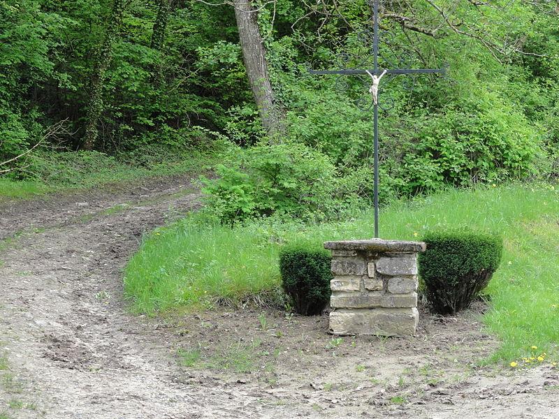 Chermizy-Ailles (Aisne) croix de chemin entrée ouest