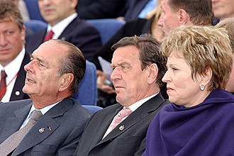 Valentina Matviyenko - French President Jacques Chirac, Chancellor of Germany Gerhard Schroeder and Valentina Matviyenko during the celebration of the 300th anniversary of Saint Petersburg in 2003.