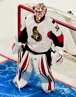 Chris Driedger, Montreal Canadiens 3, Ottawa Senators 4, Centre Bell, Montreal, Quebec (29439729474) (cropped).jpg