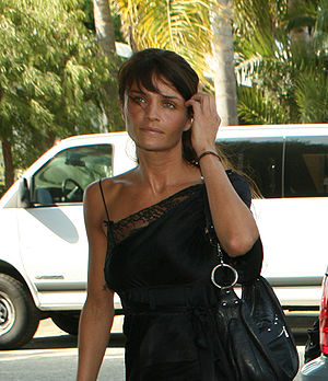 Helena Christensen - At a 2007 Sustainable/Green Home opening party