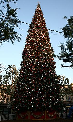 Grove Christmas Tree - The Grove Christmas Tree in November 2009