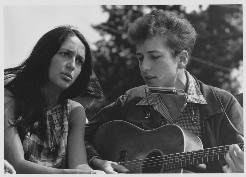 File:Civil Rights March on Washington, D.C. (Entertainment- closeup view of vocalists Joan Baez and Bob Dylan.), 08-28-1963.tif