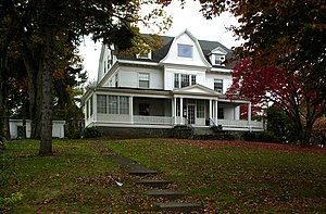 Clarence Burgin House - Image: Clarence Burgin House Quincy MA 01