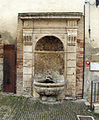 Colle, piazza duomo, fontana.JPG