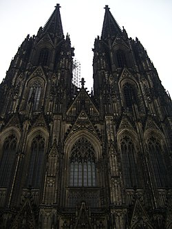 Готическая архитектура Википедия cologne cathedral 109875 jpg