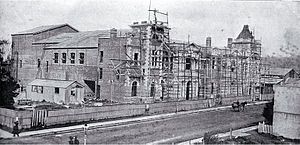Civic, Christchurch - Construction of the Agricultural and Industrial Hall in 1900