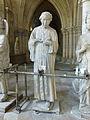 Crypte de la cathédrale Saint-Étienne de Bourges-Statues gothiques (7).jpg