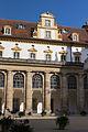 D-5-77-125-90 Ellingen Schloß Residenz Schlosshof nördliche Teilfassade 035.jpg