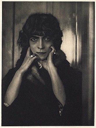 Luisa Casati - Portrait of Marchesa Luisa Casati by Adolf de Meyer