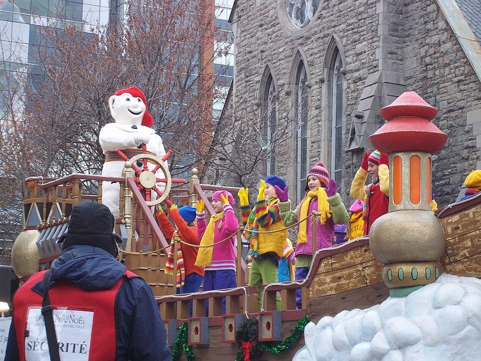 Defile du Pere Noel Montreal 2011 - 040