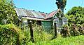 Derelict House at Thames (31631890612).jpg