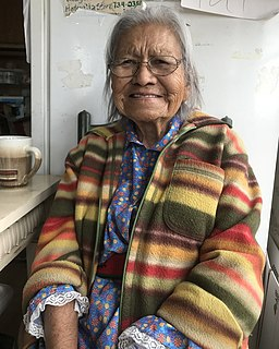 Native American potter and artist